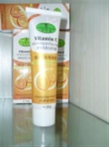 Kem tẩy tế bào Vitamin C