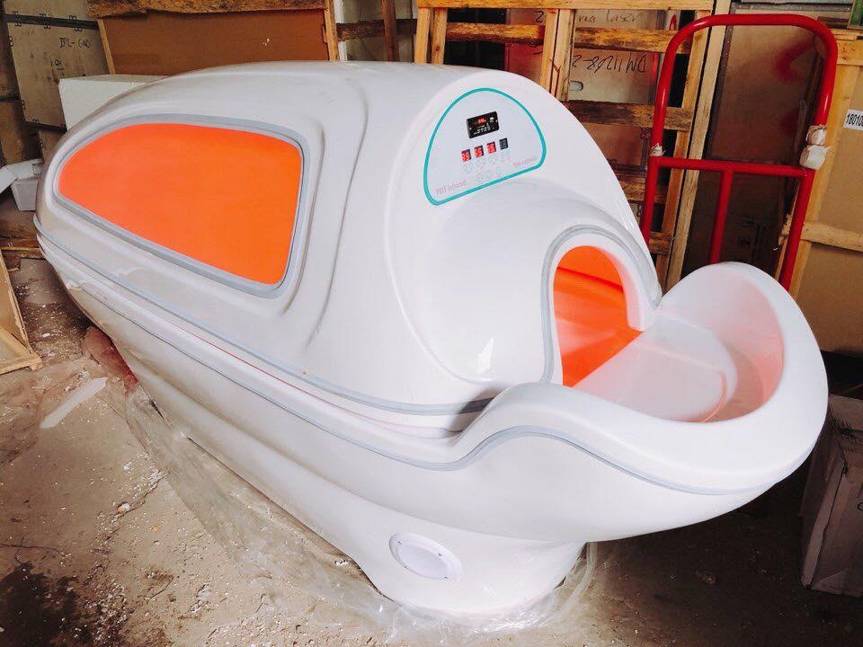 Phi thuyền hồng ngoại tắm trắng giảm béo